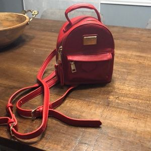 Red packpack purse